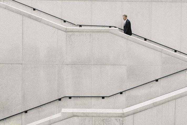 employment-gender-gap-widens